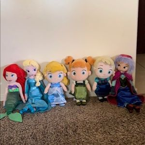 Disney Doll Bunch